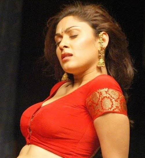 Result of Desi Mallu Aunty Blouse Boobs 9