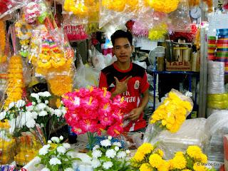 MERCADO DE LAS FLORES PAK KHLONG TALAT, BANGKOK. TAILANDIA