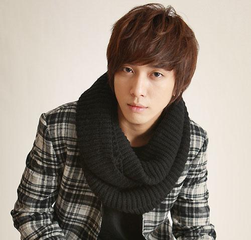 CN Blue's Yong-hwa