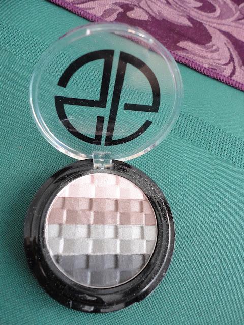 Studio Gear Cosmetics Eyeshadow Palette