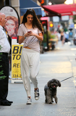 Kendall Jenner sexy cute photo candids in the Big Apple New York