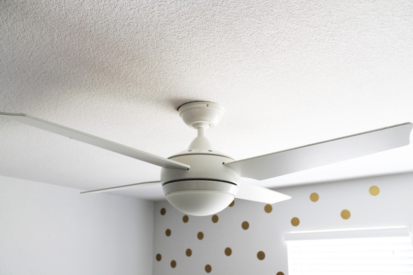 Cinsarah: Texas   Ceiling Fans | Hunter Fan Co. Giveaway for Cool White Ceiling Fans  287fsj