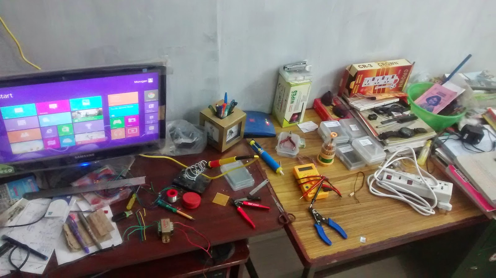 How To Set Up Your Own Electronics Lab At Home Voltmeter Using Arduino Electronicslab Every Electronic Hobbyists Have A Dream Of Setting His Learn Explore Widen The Knowledge And Course Fun With