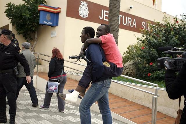 Congreso vota el martes la petición de IU de trasladar a la Península a los 1.500 refugiados que hay en Ceuta y Melilla