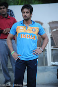 Telugu Film Personalities Practicing Cricket for CCL-thumbnail-6