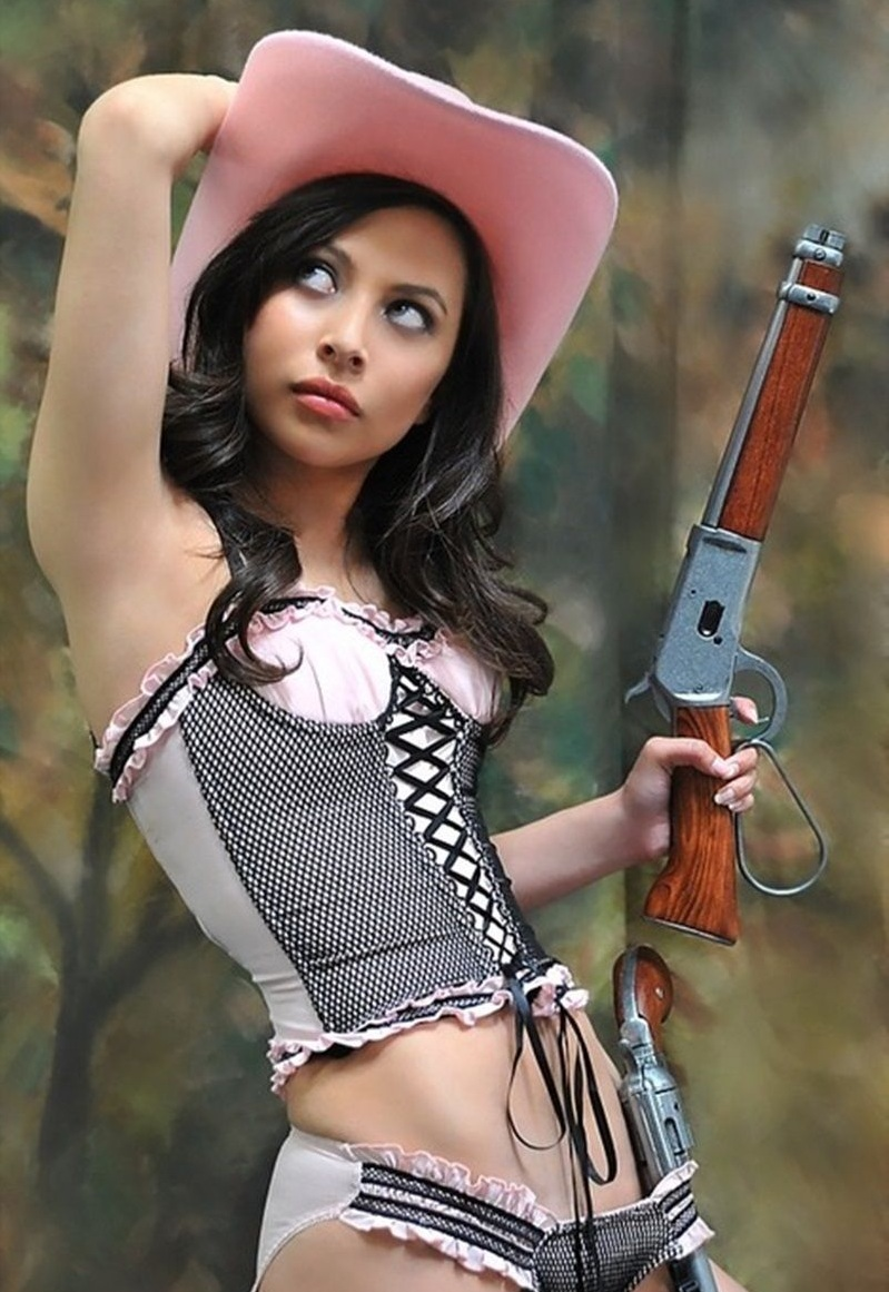 Fueled By Bacon: The Sexy: Country Girls Edition