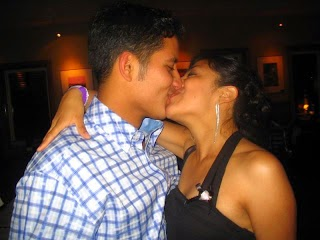 Hot Desi Kissing Girls sexy photo image