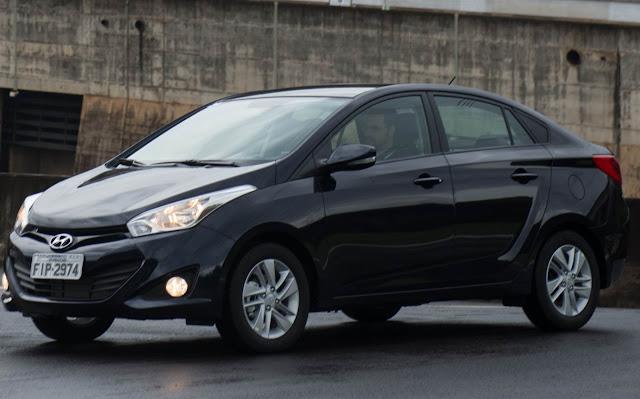 Hyundai HB20 sedan - preto