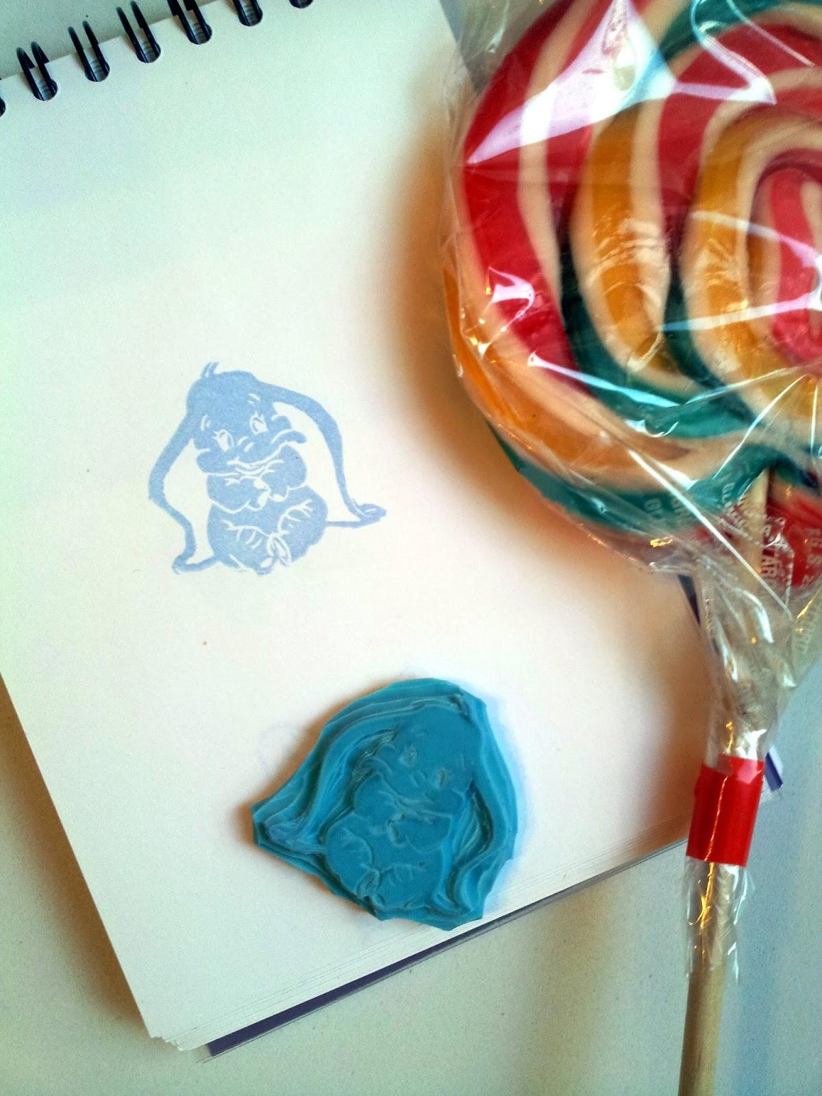 sello carvado a gubias de Disney con Dumbo