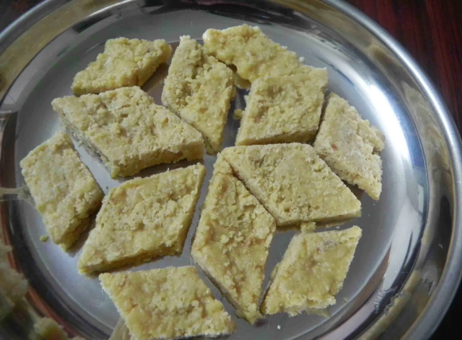 Indian sweets 7 cup sweet seven cup burfi recipe delicious indian sweets 7 cup sweet seven cup burfi recipe forumfinder Image collections