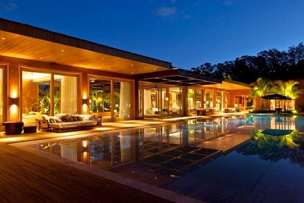 Casa nova lima saraiva associados minas gerais for Casas de lujo con jardin y piscina
