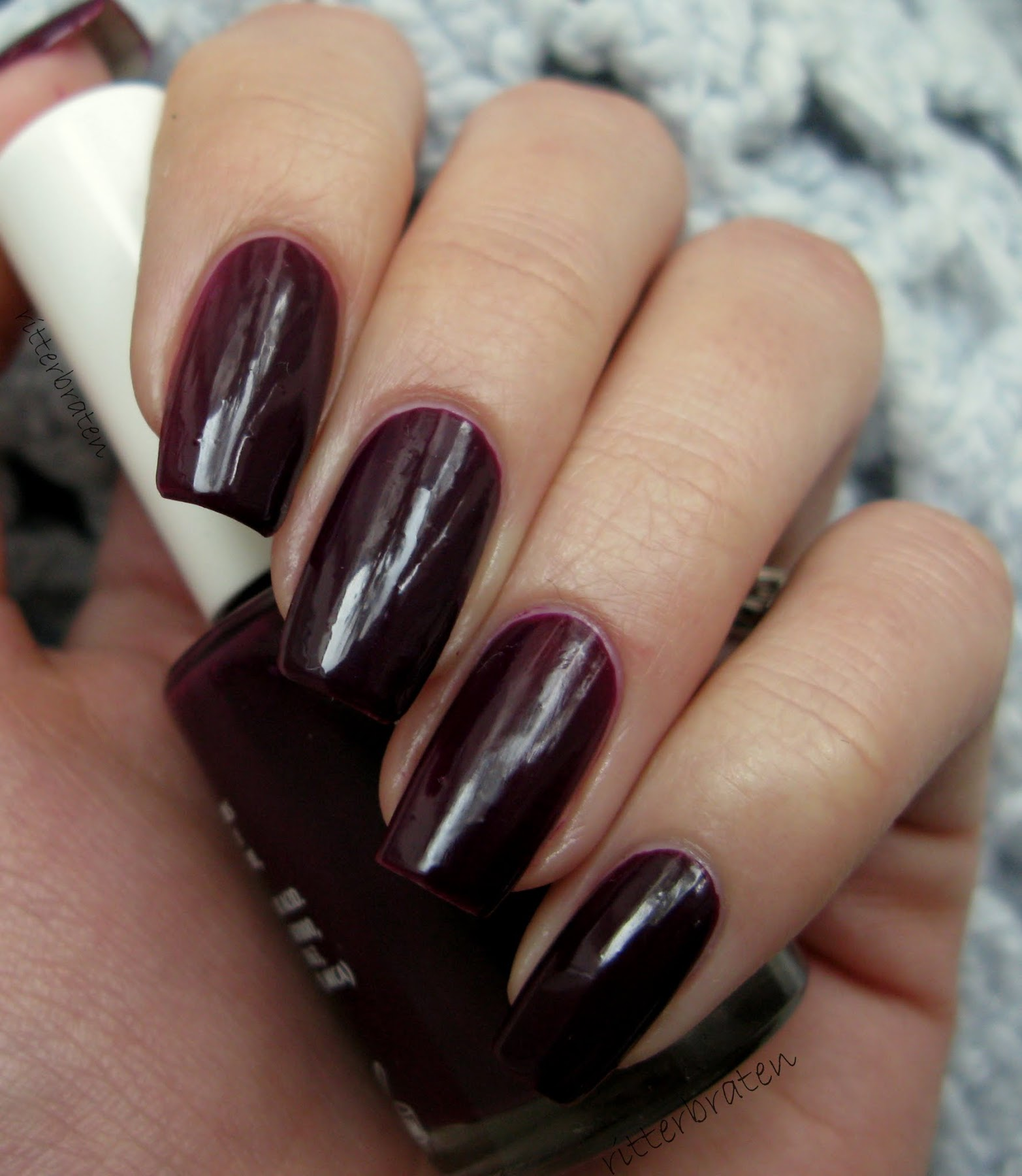 Andreia 96 verniz nail polish swatch