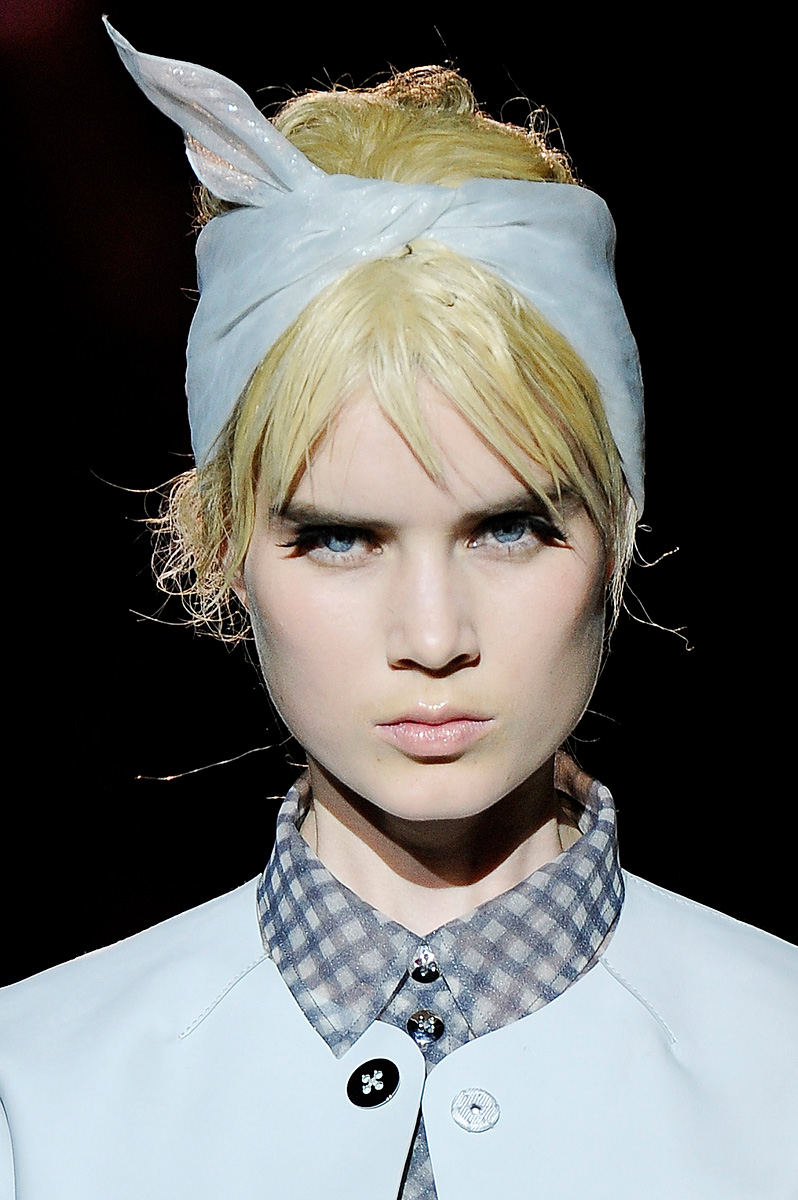 a cup of mary runway hairstyle spring 2012