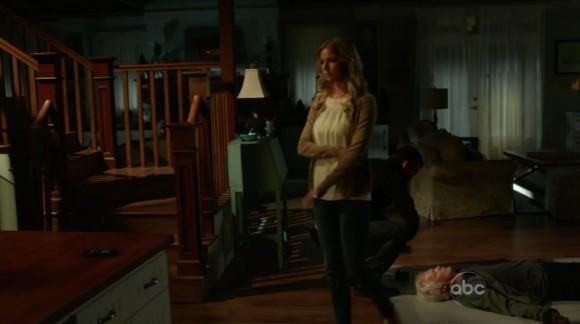 TVZion - Watch Revenge season 2 episode 22 S02E22 online free