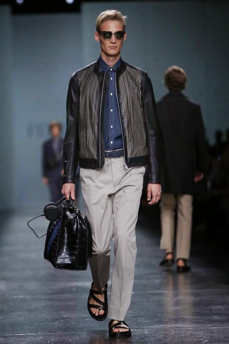 FENDI-Spring-Summer 2015, FENDI-Printemps-Eté 2015, FENDI-Spring-summer, FENDI-printemps-ete, FENDI-menswear, FENDI-milan-fashion-week, FENDI-SS15, Fendi-beats-by-dre, beats-by-dre, milan-fashion-week, du-dessin-aux-podiums, dudessinauxpodiums, Silvia-Venturini-Fendi, mode-homme, vestiti-online, dresses-online, mens-suits-online, borse-fendi-prezzi, armani-suits, abbigliamento-on-line, outlet-online, costume-sur-mesure, designer-menswear, vetement-homme, jeans-homme, cheap-clothes