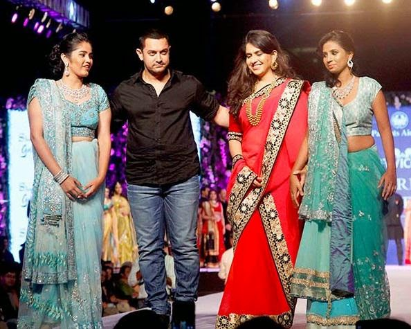Aamir Khan And Sonakshi Sinha  Walk on the ramp At 10th Fevicol Caring With Style Fashion Show
