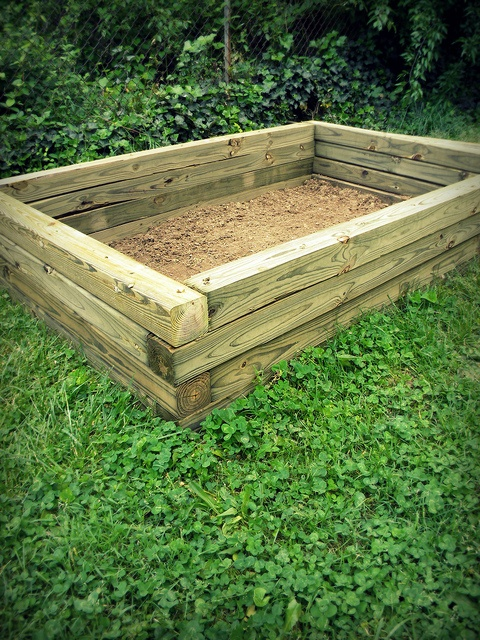Raised garden bed design for Raised bed garden designs plans