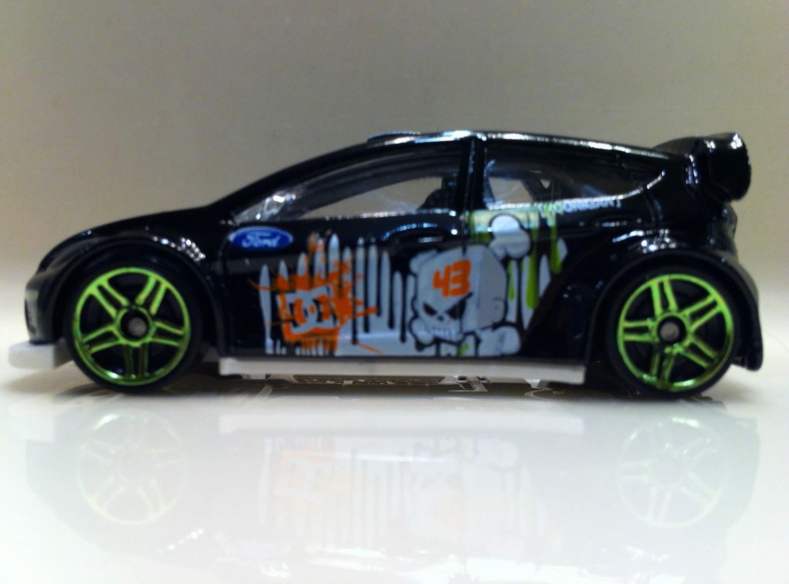 http://2.bp.blogspot.com/-PlGdmFfnfCE/TtMO31ZZmWI/AAAAAAAACO4/YllEO4g5ZfQ/s1600/Ken+Block%2527s+Ford+Fiesta+3.JPG