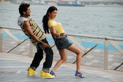 Surya and Shruthi 7 am Arivu latest stills