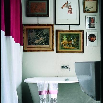 Decorare con le cornici incorniciamoci architettura e design a roma - Quadri per il bagno ...
