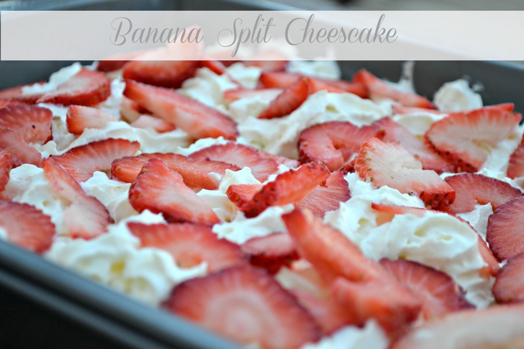 Banana Split Cheesecake. | ♥Cooking Recipes♥