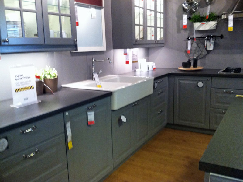 While browsing Ikea we admired this show kitchen that was under