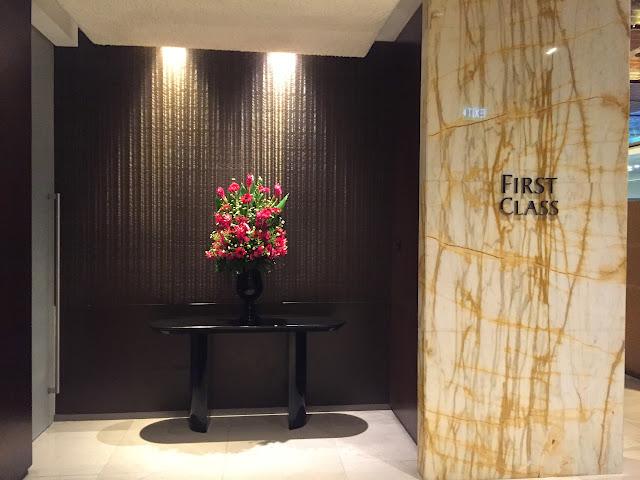 [不來弟飛行紀錄] Singapore Airlines First Suite 新加坡航空頭等艙 / AMS ~ SIN 阿姆斯特丹~新加坡,同場加映:The Private Room / A380 Suite Class