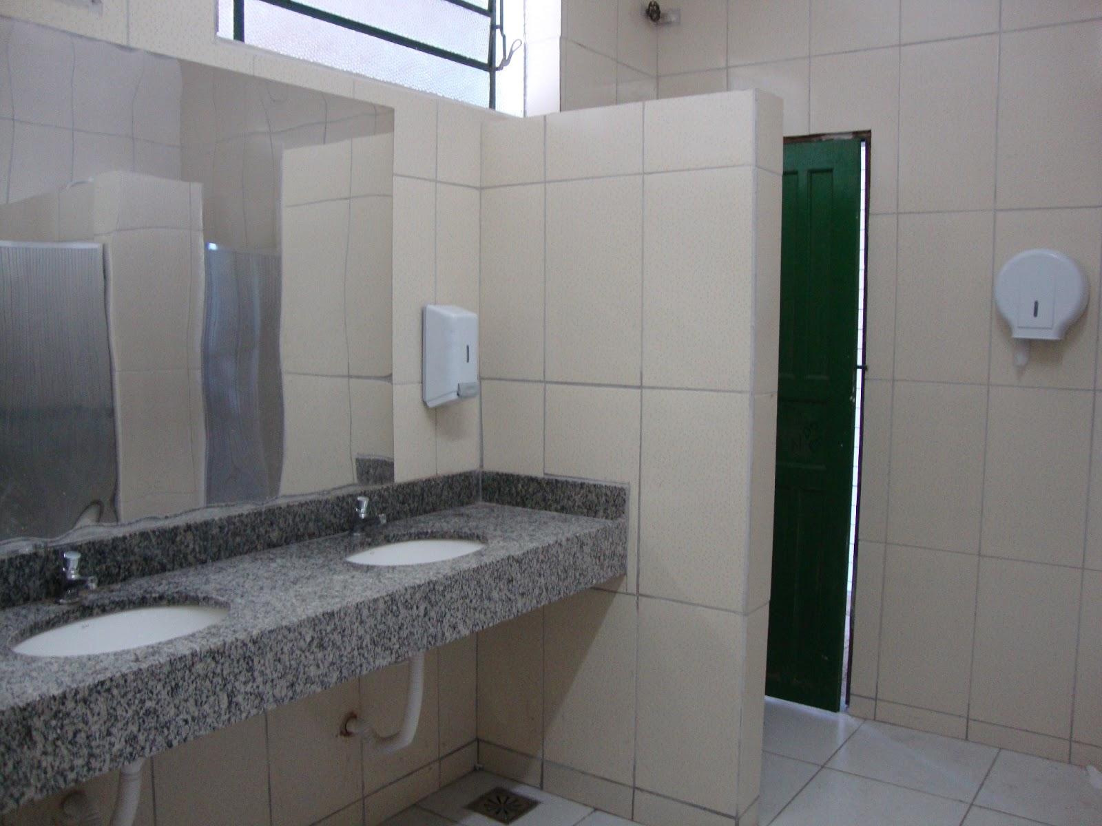 EM Prof.Teófilo Moreira da Costa: NOVO BANHEIRO FEMININO #596672 1600x1200 Banheiro Azulejado