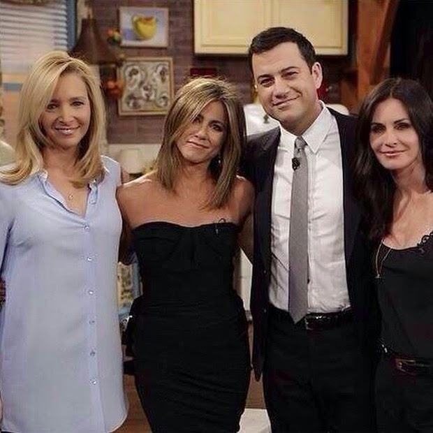 Lisa Kudrow, Courteney Cox and Jennifer Aniston recall 'Friends'