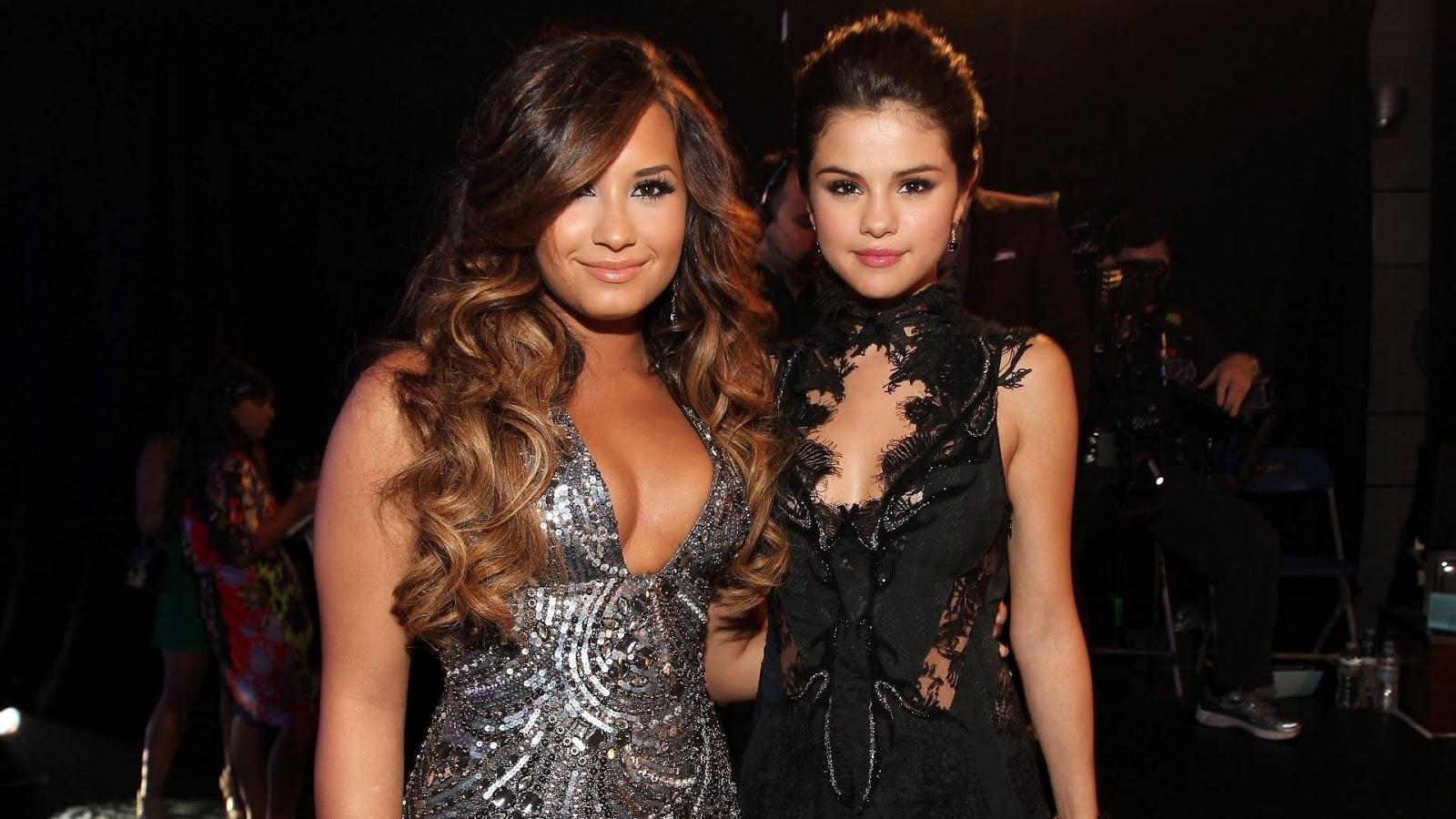 Disney Channel Tapete Vermelho : Nos Disney Channel Games 2008, Selena participou da equipe amarela