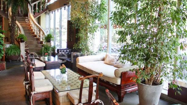 VipandSmart Cafe Saigon