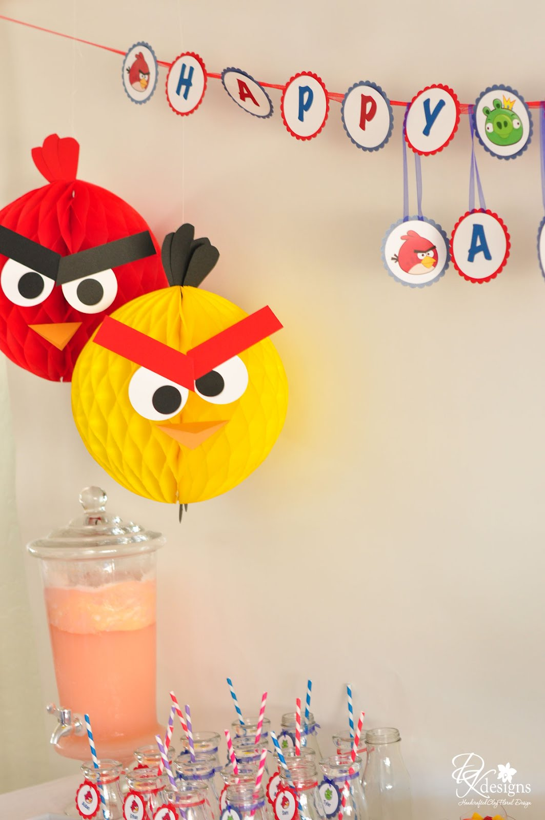 Dk designs my son 39 s angry birds themed birthday party photos for Angry birds party decoration ideas