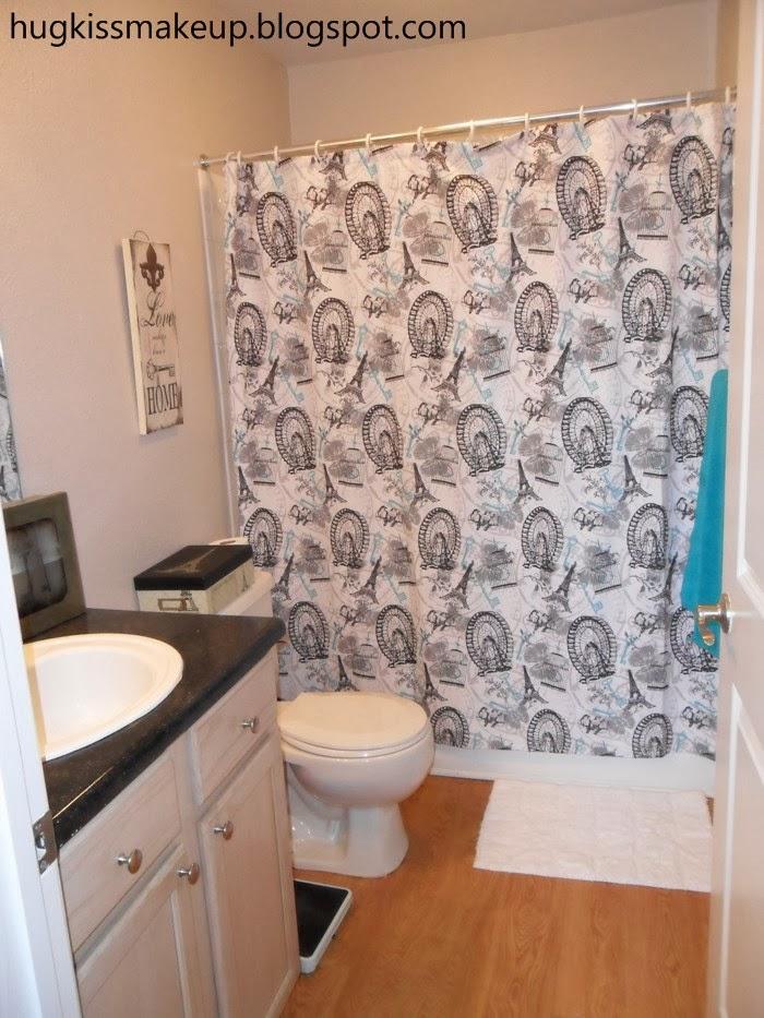 How To Organize A Small Bathroom Tour