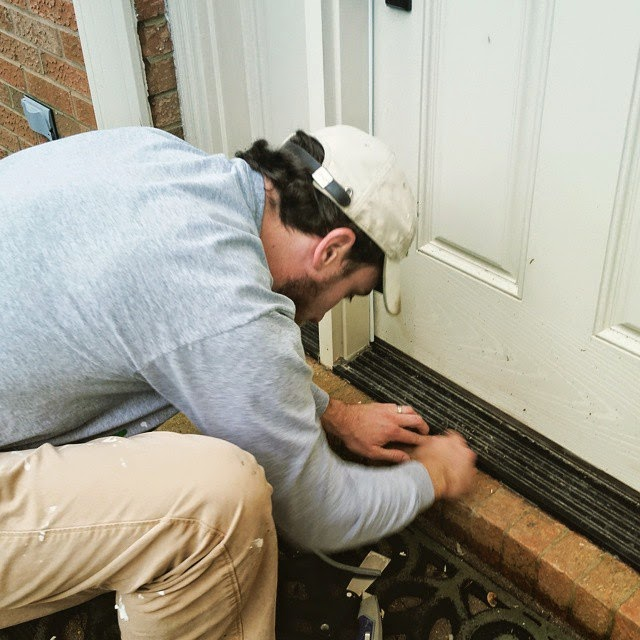 caulking door