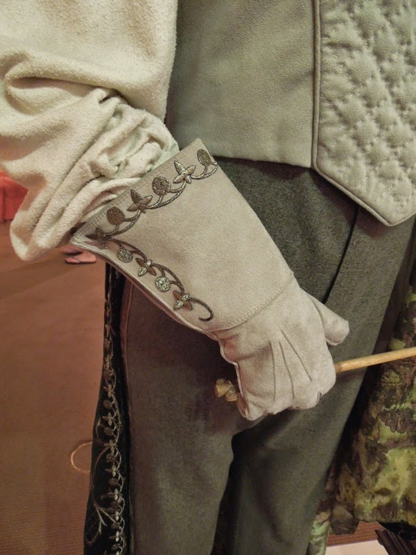 Gilderoy Lockhart glove costume detail Harry Potter