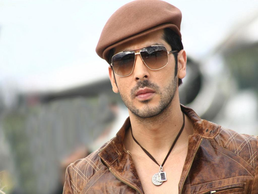 Zayed Khan In Yuvraj Posted by NATURE at 0041