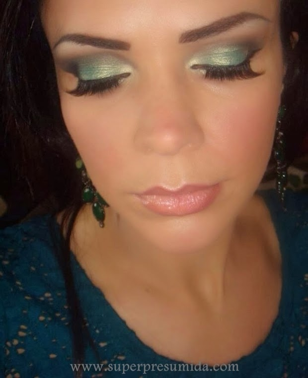 sombra verde , passo a passo make , paleta jasmyne , maquiagem paleta jasmyne , shirley medeiros , super presumida, blogueira , maquiadora , espanha , blogueira espanhola , maquiagem para madrinha , maquiagem para festa , make up  milano , tendencia , moda , sombra preta kiko milano , sephora , chanel , base chanel , super presumida