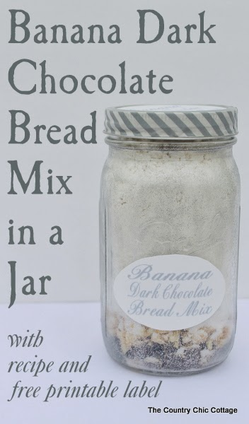 Banana Dark Chocolate Bread Mix in a Jar -- a great gift for anyone on ...