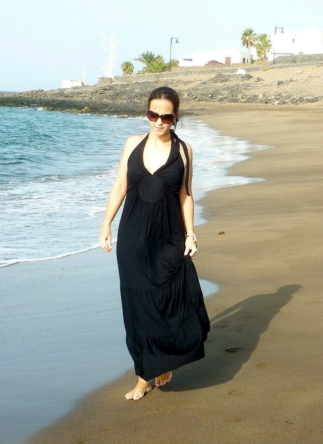 Walk_on_the_beach_ObeBlog_Lanzarote_02