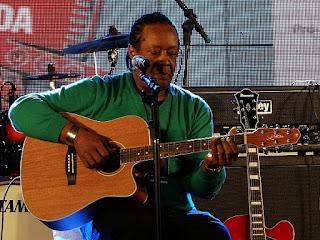 Gelson Oliveira na Festa Nacional da Música