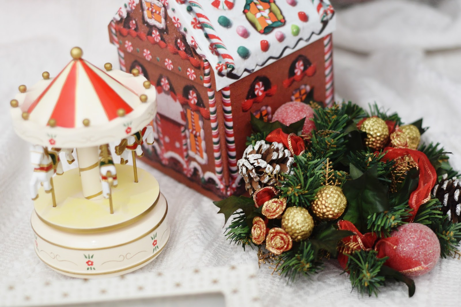 christmas decoration ideas paper house carousel
