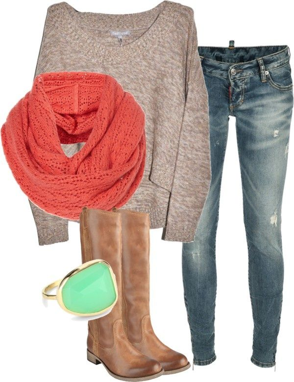 Simple fall outfit with slouchy sweater