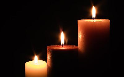 Свечи - колонны и свечи, сделанные вручную (например, тонкие маканые свечи), используются так же, как семидневные...