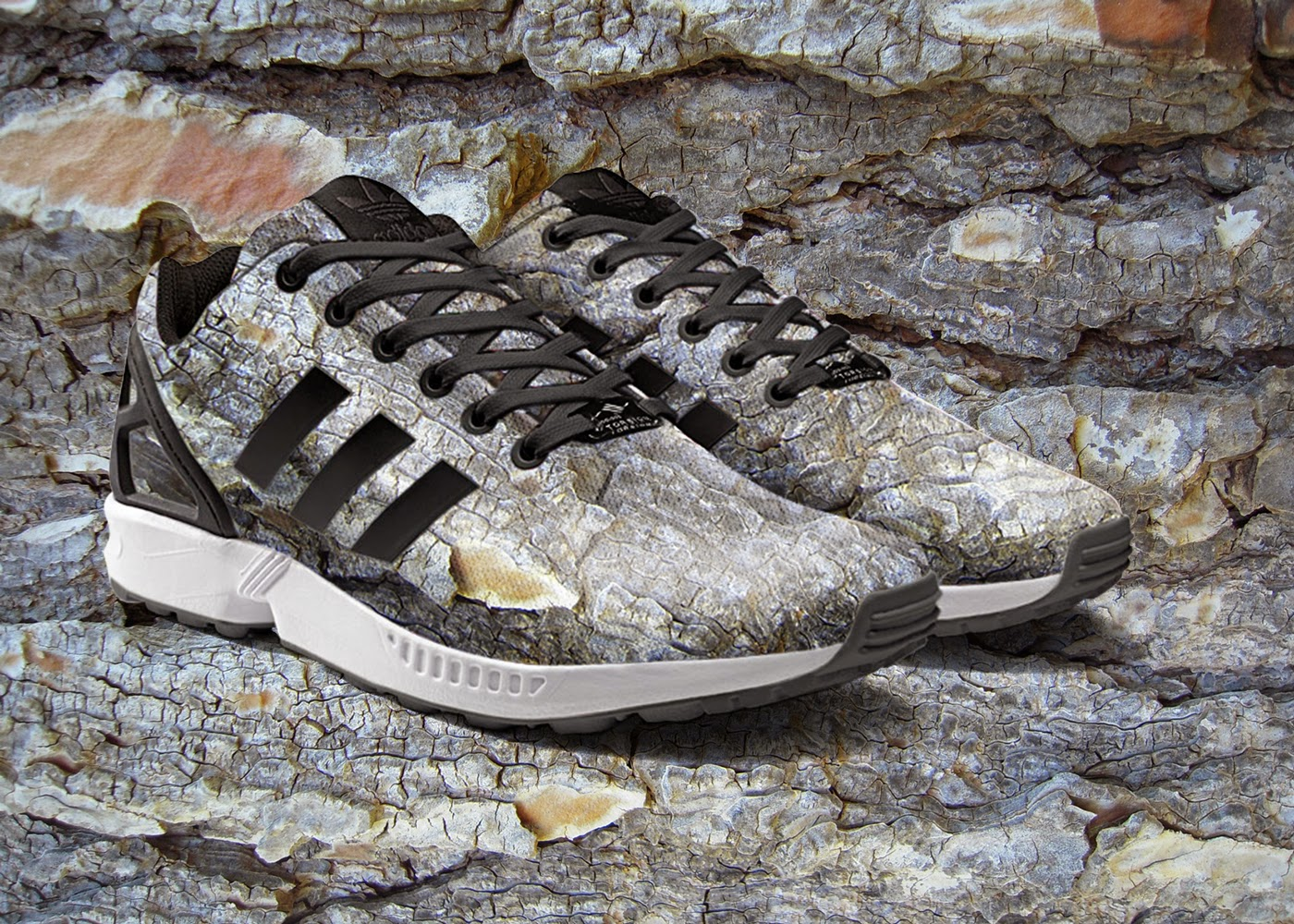 13-mi-Adidas-ZX-Flux-Shoe-App-to-Customise-your-Shoes-www-designstack-co