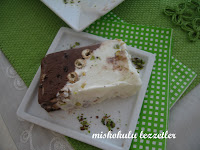 Fıstıklı Kaymaklı Bitter Çikolata Parçalı Dondurmalı Mozaik Pasta
