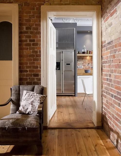 Arte y arquitectura paredes de ladrillo visto en casa - Decoracion paredes interior ...