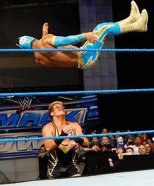 ���� Cara ���� ����� Sin Cara attacks Jack Swagger 9.JPG