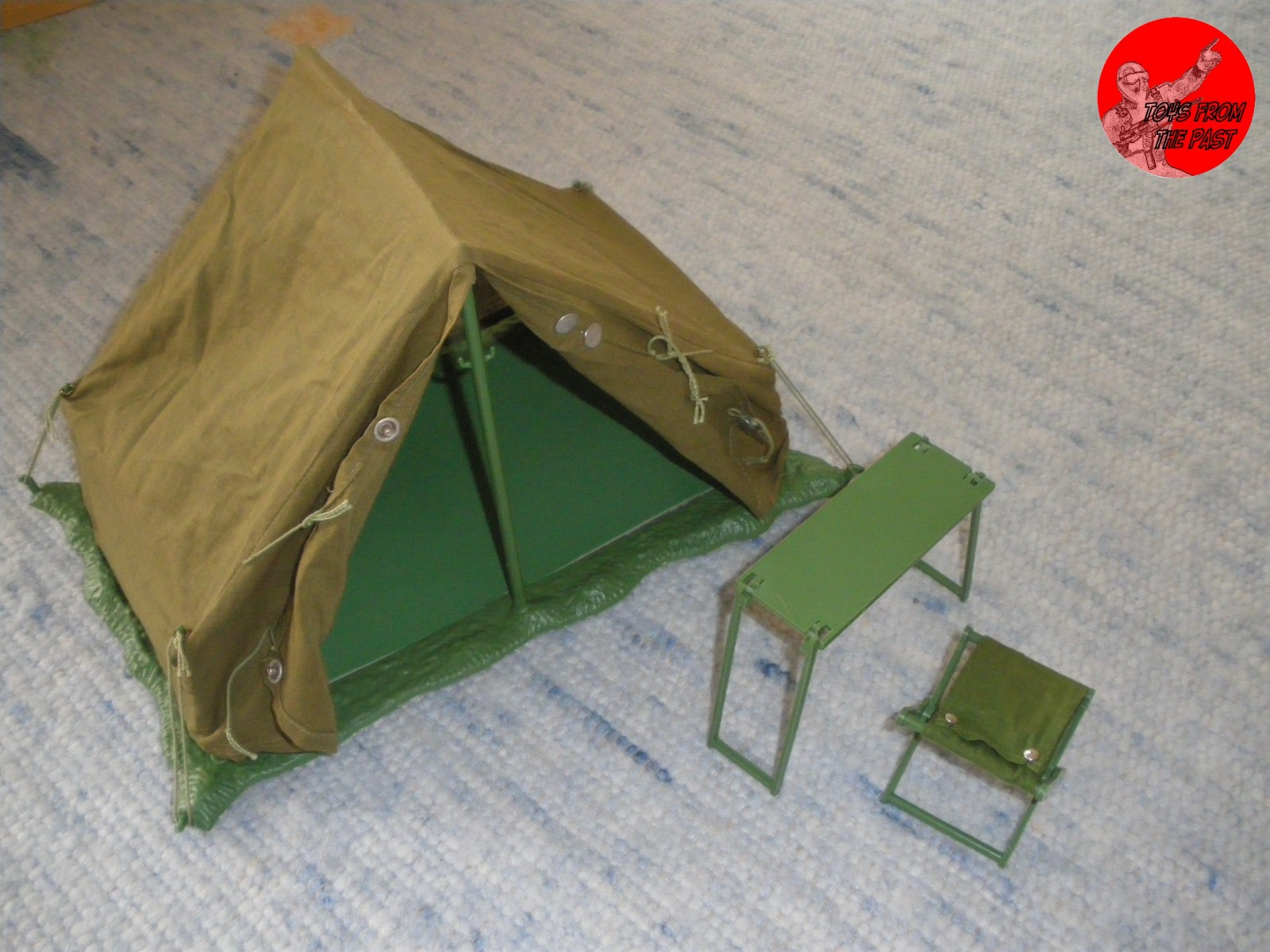 I cannot talk so far about the figures because I do not own any of those. I recently acquired this tent which belongs to this series and thatu0027s what you ... & Toys from the Past: #36 ACTION TEAM/ ADVENTURE TEAM u2013 ZELT (1970)