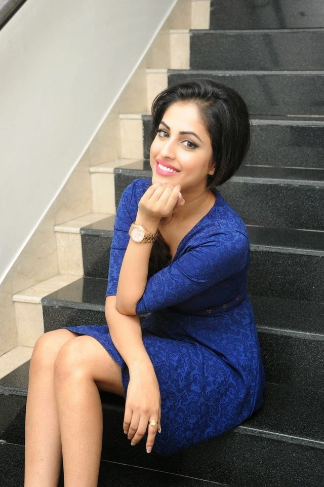Priya Benarjee New Photos