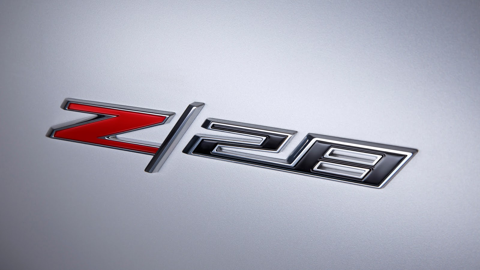 2014 Chevrolet Camaro Z/28 427 on 19 7.0 V8 LS7 507 cv 65 mkgf  #BC0D14